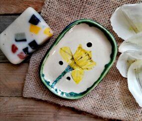 Mydelniczka ceramiczna, ręcznie wykonana KWIAT ŻONKILA