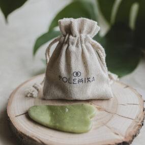 Jadeitowa płytka gua sha domasażu twarzy iszyi – Polemika