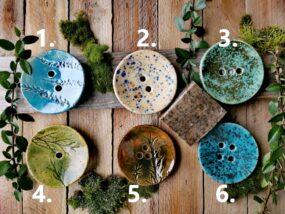 Mydelniczka ceramiczna, ręcznie wykonana okrągła